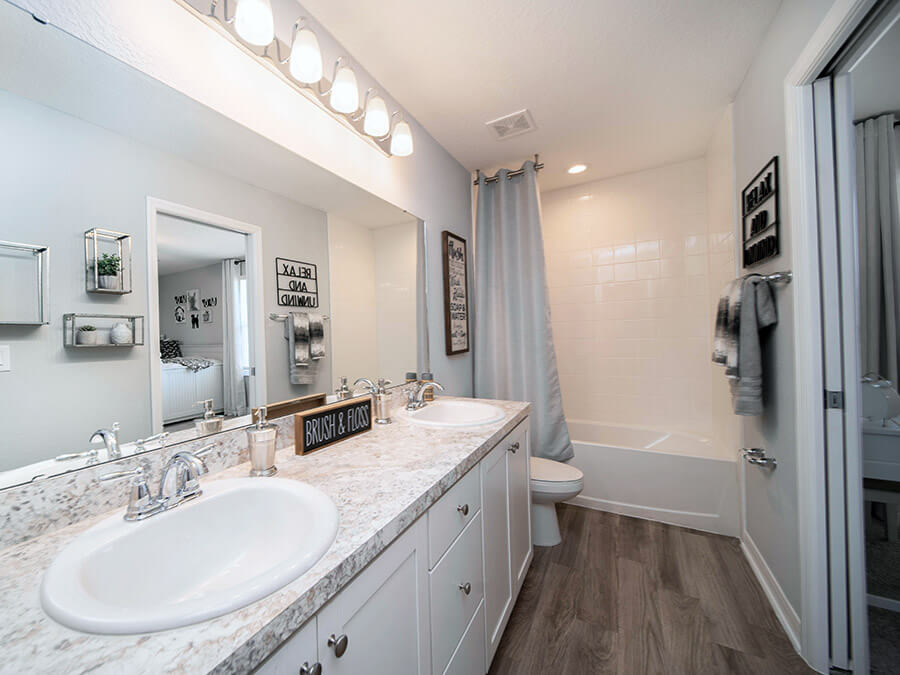 Inspiration Gallery Rooms With Aristokraft Brellin Purestyle White Soft Close Cabinets Highland Homes