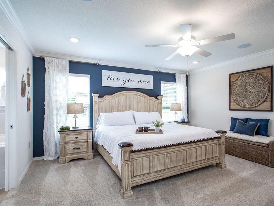 Parker Model Eagle Lake, FL Owner's Suite Decor