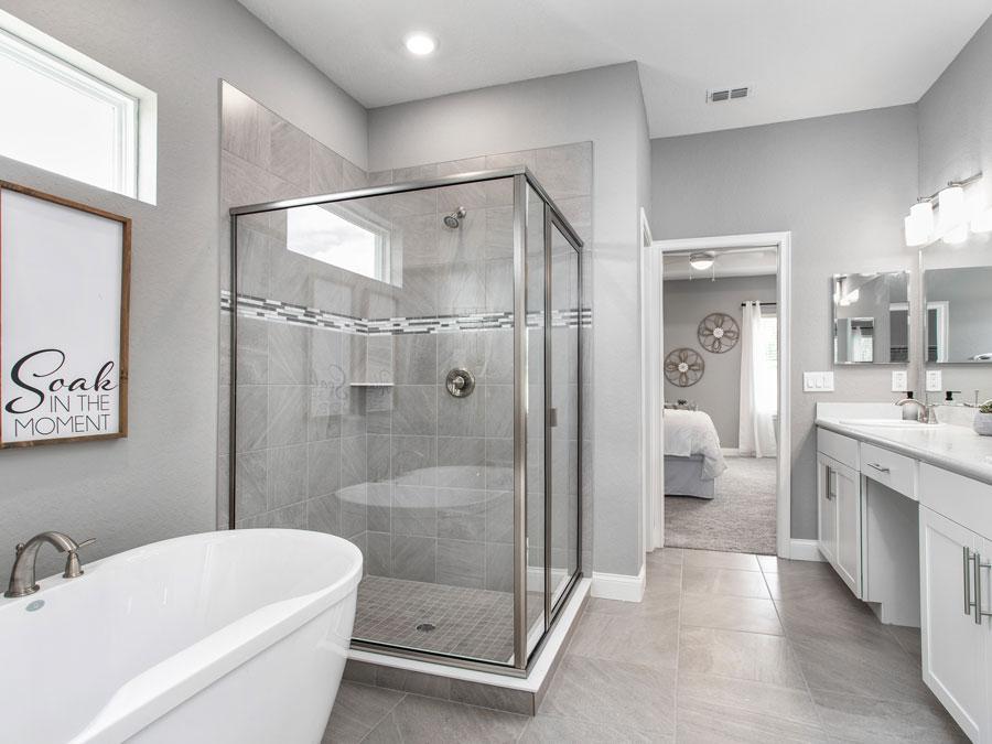 Waylyn model home owner's bath