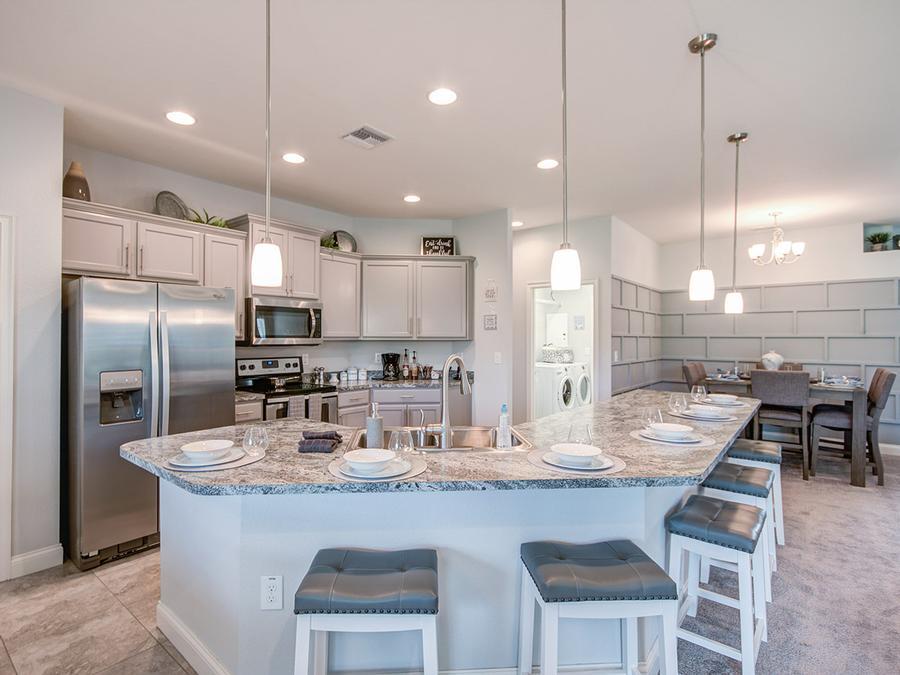 Willow II with Loft - kitchen (2)
